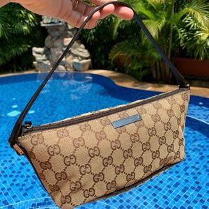 GUCCI Brown GG Logo Baguette Pochette Purse